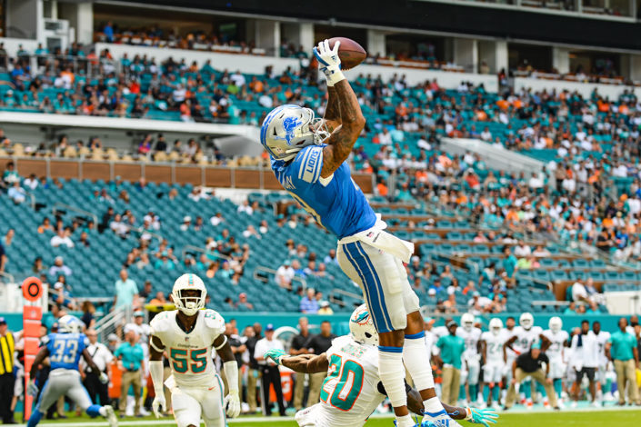 Detroit Lions wide receiver Kenny Golladay (19) has his touchdown catch voided by a penalty